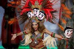 Bolivyalı Yarışmacı Iciar Diaz