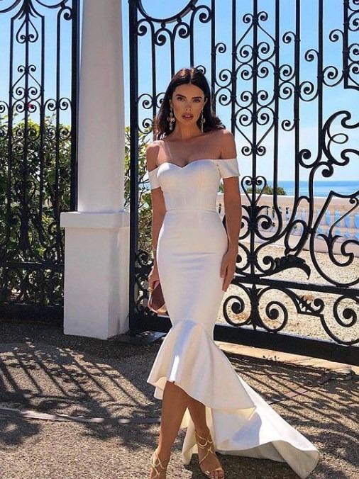 b82dab5037cca 2019 Yaz Mevsimi İçin Şık ve Rahat Beyaz Elbiseler - MorTilki.com